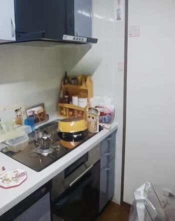 オーブンとレンジフードの取り替えが完了しました。<br>これ以前家族のためによく調理していたオーブン料理も再開できます。