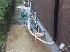 外の給湯器を撤去したら、エネファームを設置するために給排水・ガスの移設を行っていきます。