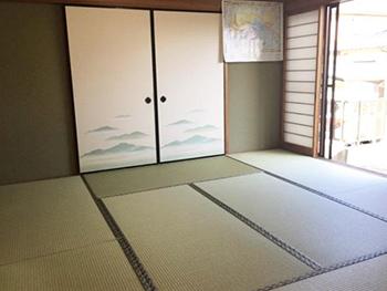 新しい畳を敷いて完成です。