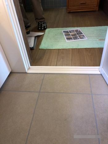 床は滑り止め加工がされているため、滑って転ぶ心配もありません。